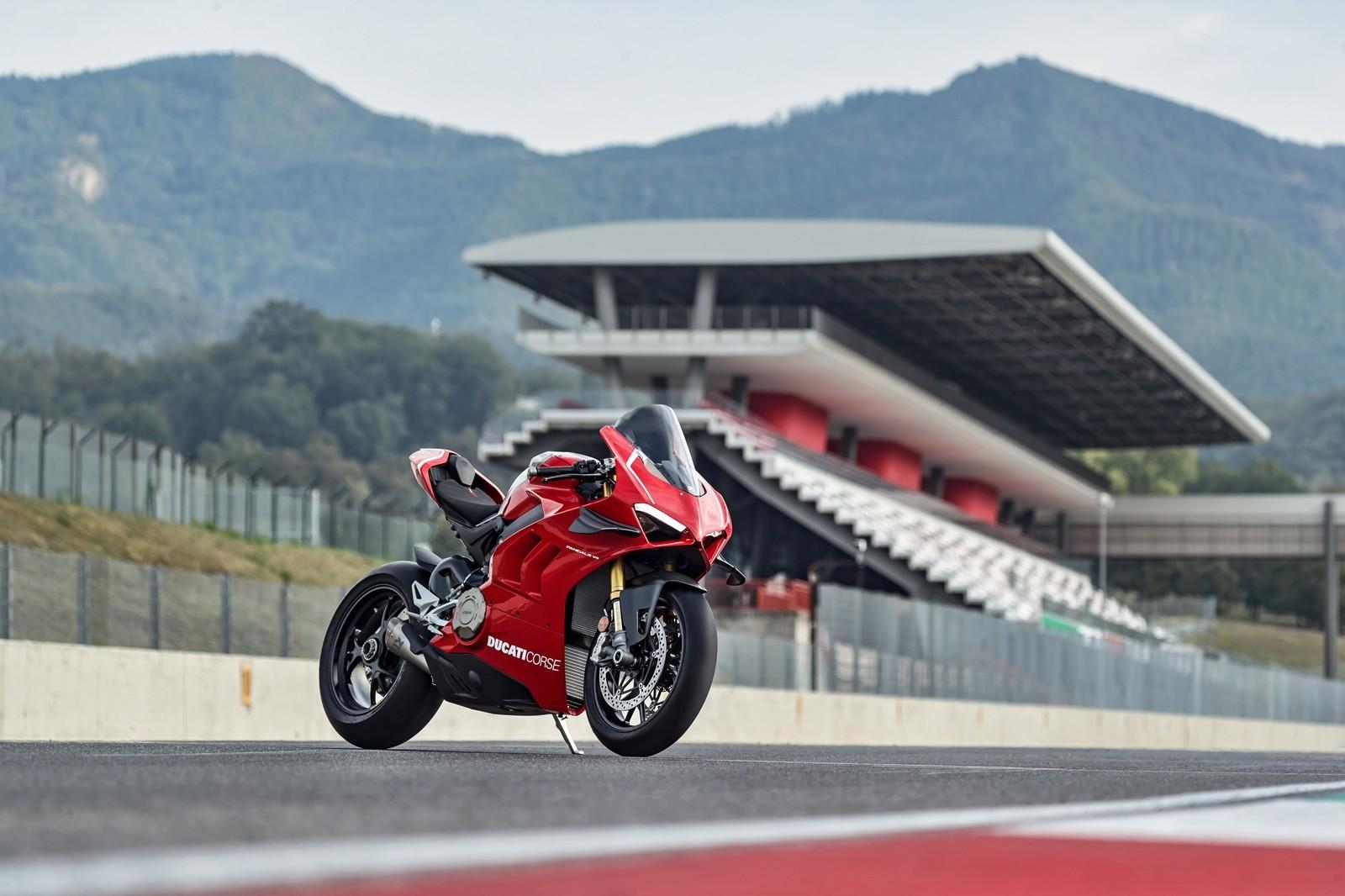 Foto de Ducati Panigale V4 R 2019 (4/87)