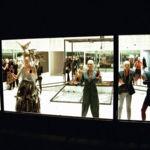 Por si te lo perdiste, el desfile primavera-verano 2001 de Alexander McQueen 15 años después