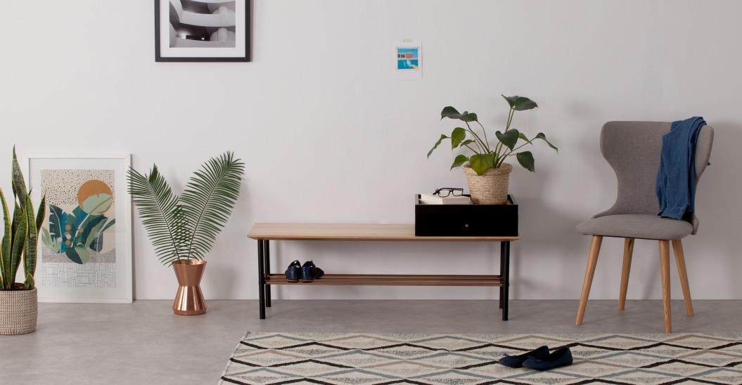 Banco para recibidor con espacio para zapatos y almacenaje