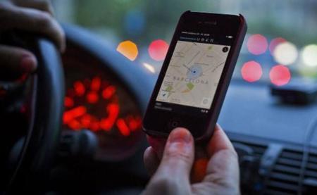 Esto es lo que hace Uber con el taxi en una ciudad: 65% de caída de uso