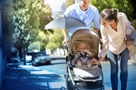 Carritos de bebé y cunas de segunda mano, y otras buenas ideas para ahorrar dinero al comprar artículos para el recién nacido