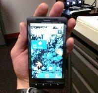 Motorola Droid Shadow encontrado en un gimnasio, esto me suena