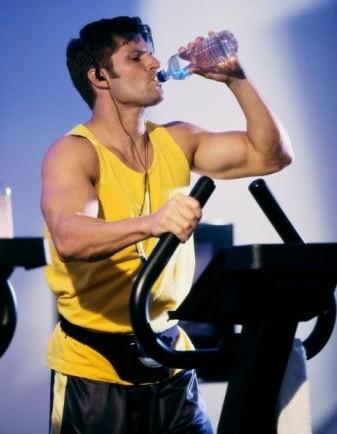 Hidratación durante el entrenamiento para rendir más y mejor