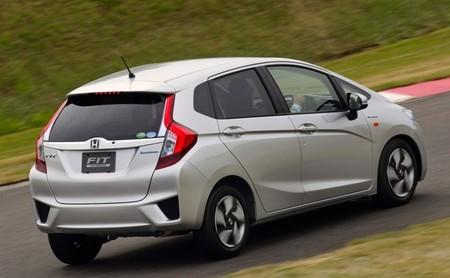 Honda Fit Hybrid 2014 02