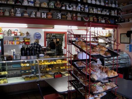 ¿Puede interferir en la alimentación saludable la venta de bollería y pastelería industrial cerca de los colegios?