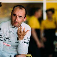 Robert Kubica sigue rompiendo barreras y vuelve a subirse a un Fórmula 1