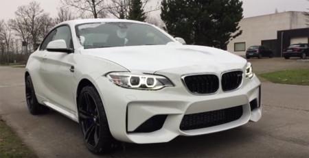 Así sería más o menos lo que verías (y oirías) si te entregasen un BMW M2 Coupé nuevo