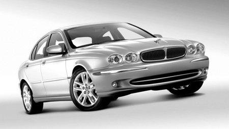 """Jaguar """"pasa"""" de las plataformas compartidas y los SUV"""