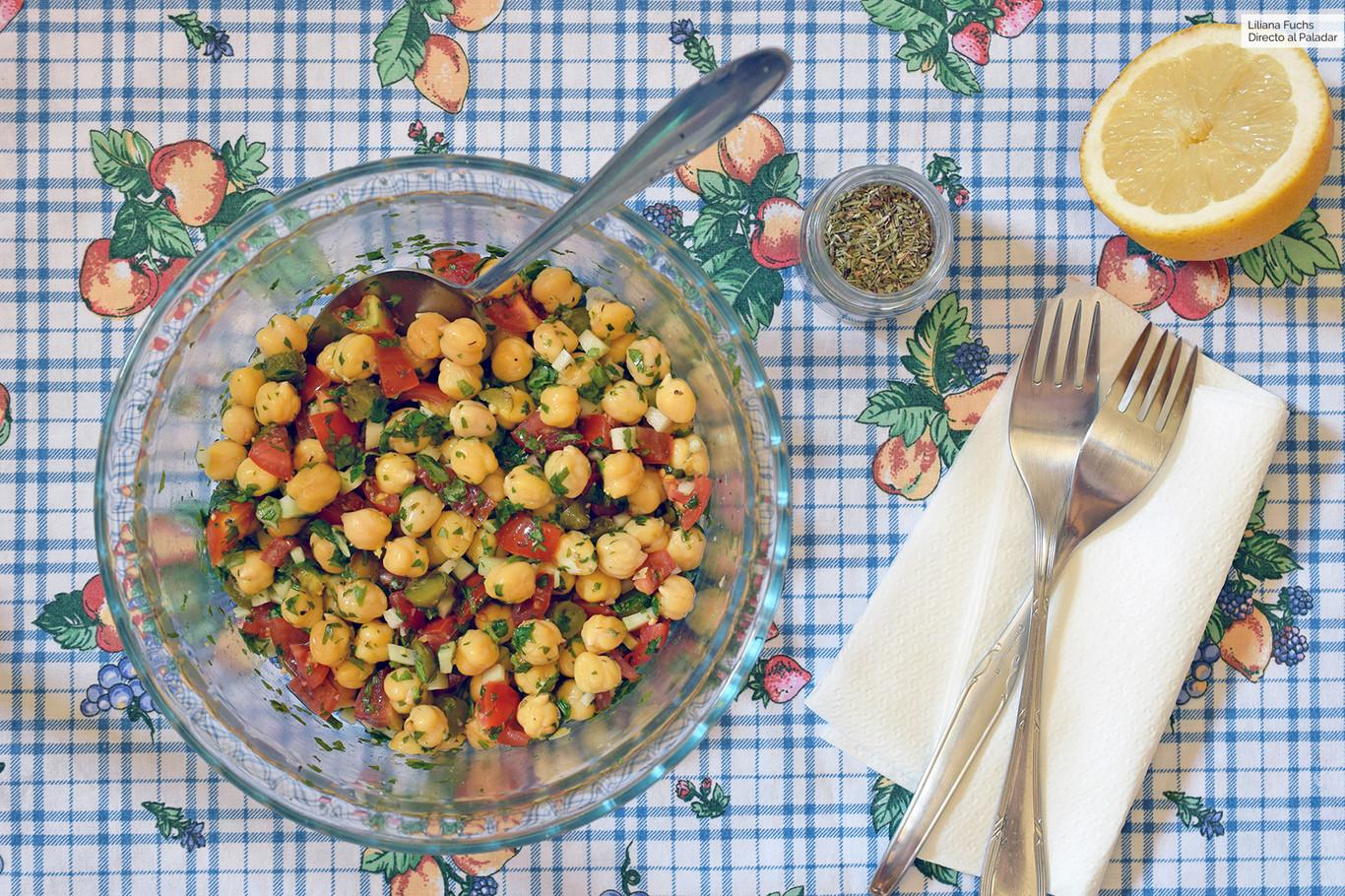 Ensalada De Garbanzos Tallo De Brócoli Y Cilantro Receta De Cocina Fácil Y Delic