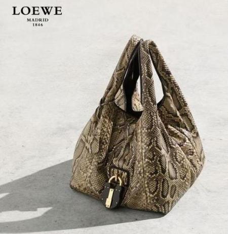 Nueva colección 'Bolso Calle' de Loewe