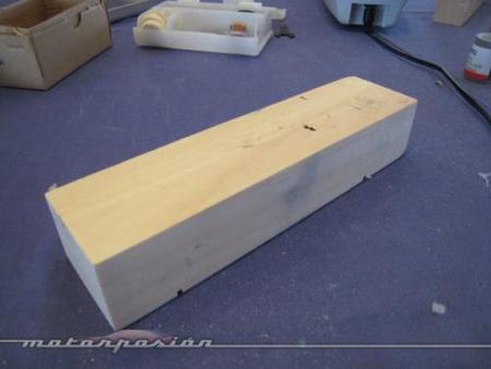 Formula Dremel Challenge. Un taco de madera y a lijar