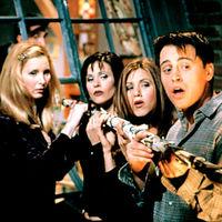 Seguimos tan obsesionados con Friends que ya hay gente despedida por verla en bucle en el trabajo