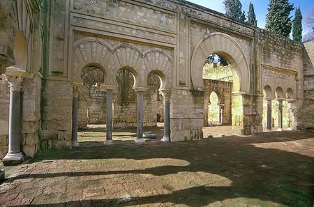 Ma Edificio Basilical Superior