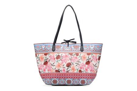 El bolso shopper Capri de Desigual está por 31,45 euros en Amazon con envío gratis