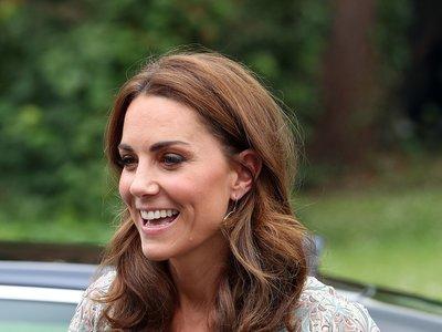 Ligero, romántico y estampado, el vestido de Kate Middleton lo tiene todo para convertirse en nuestro favorito del verano