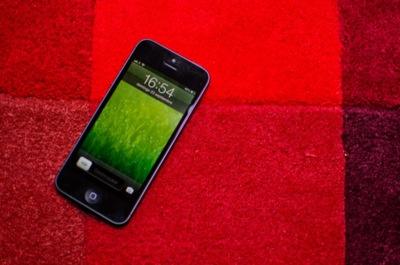 """La pregunta es clave: ¿puede Apple permitirse el lujo de lanzar un iPhone """"S"""" este año?"""