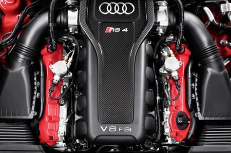 Audi RS 4 Avant V8