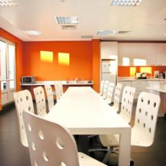 Foto 3 de 8 de la galería oficinas-de-idealistacom en Decoesfera