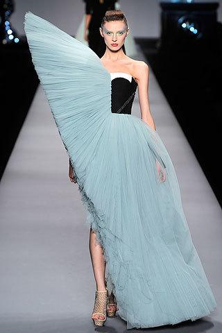 Viktor & Rolf Primavera-Verano 2010 en la Semana de la Moda de París