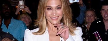 Jennifer López se marca un Melania Trump en versión sexy para enloquecernos con este dos piezas de color blanco