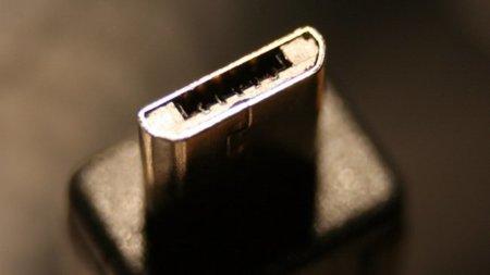 El estándar europeo del Micro-USB se aprueba con la participación de Apple