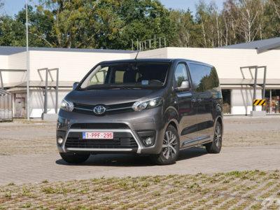 Toyota ProAce Verso, al volante de la nueva furgoneta-monovolumen de Toyota