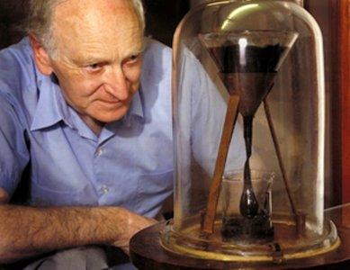 Esperando la gota de brea... desde hace casi 100 años: ¿este año podremos verla al fin?