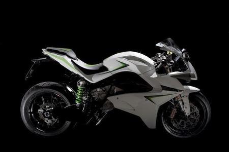 Energica 2013, una moto eléctrica italiana dispuesta a competir de tú a tú con las R del sector
