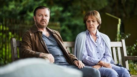 'After Life' renovada por una segunda temporada: Ricky Gervais seguirá con su crisis vital en Netflix