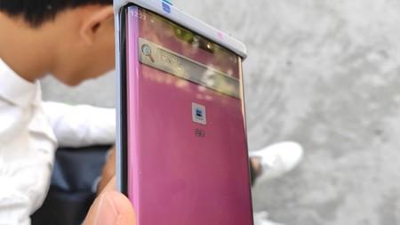 """Huawei Mate 30 Pro: este es, probablemente, el mejor vistazo que tenemos hasta ahora de su pantalla envolvente """"waterfall"""""""