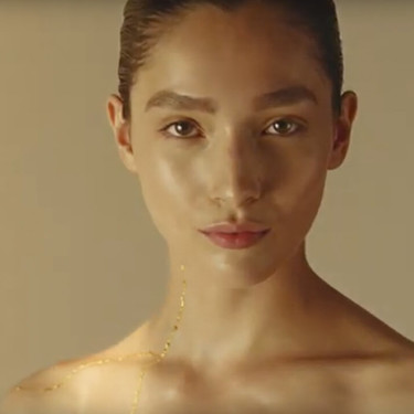 La nueva campaña de Shiseido es una oda a las imperfecciones a través de la técnica japonesa 'kintsugi'