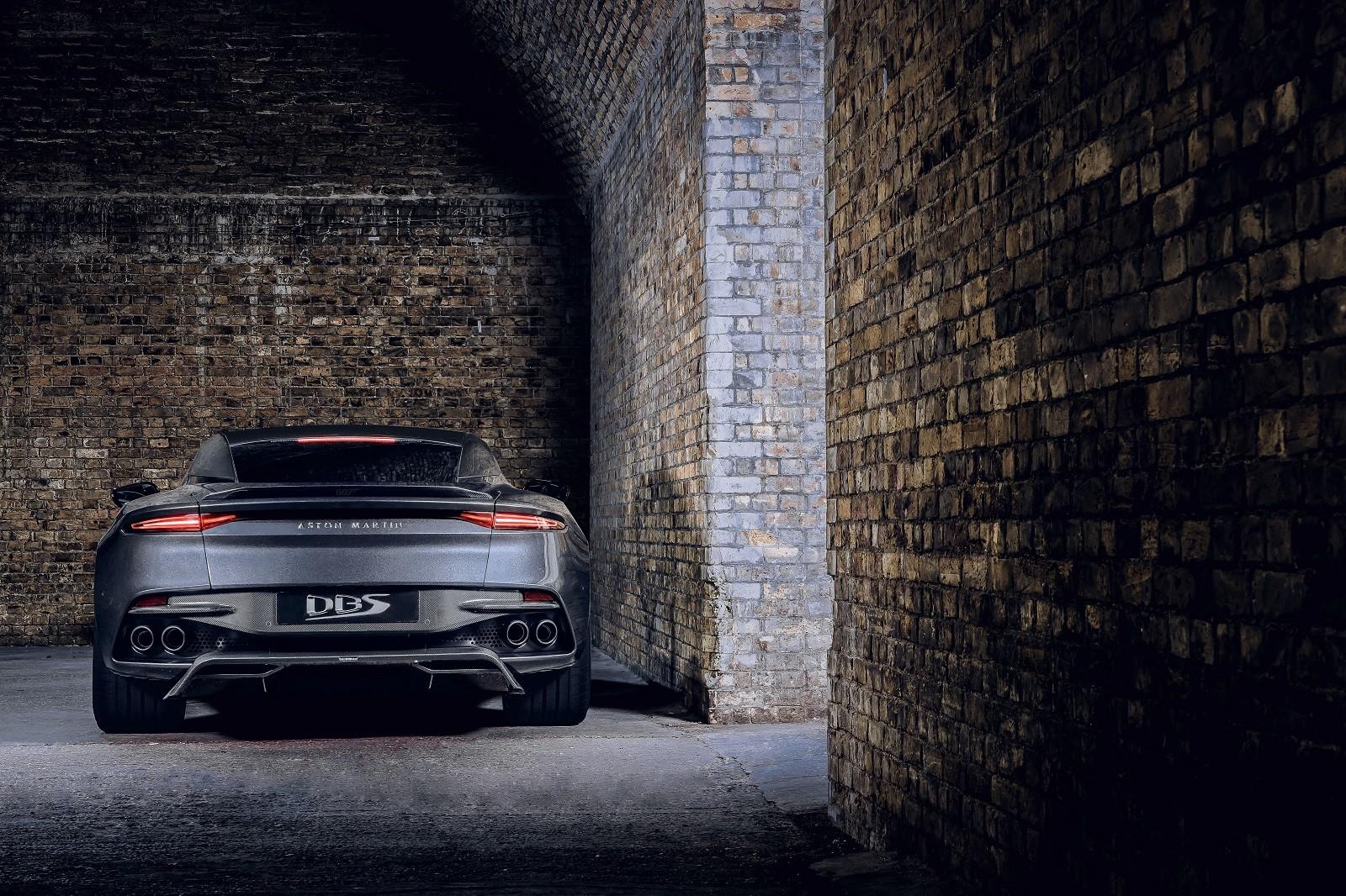 Foto de Aston Martin Vantage y DBS Superleggera 007 Edition (35/39)