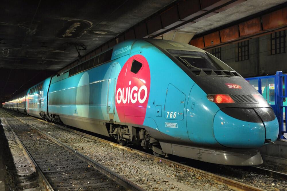 Renfe por fin tiene competencia con la llegada de Ouigo: comparamos las opciones para viajar en tren por España tras la liberalización