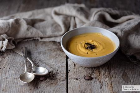 Crema de calabaza con trufa negra: la receta de cuchara que subirá el nivel de tus cenas