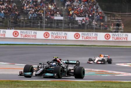La FIA descarta que el motor Mercedes de Fórmula 1 sea tramposo como sospecha Red Bull, al menos de momento