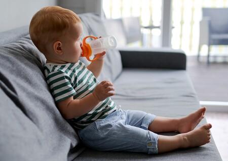 Cómo mantener a tu bebé bien hidratado cuando hace calor