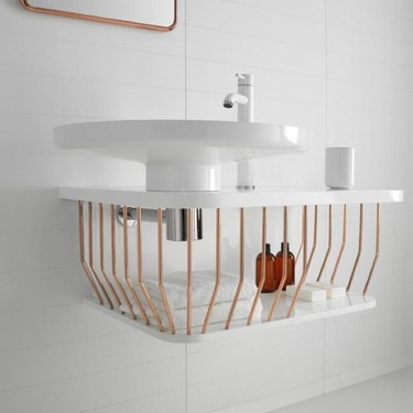 ¿Buena o mala idea? Un mueble tipo cesta como bajo lavabo