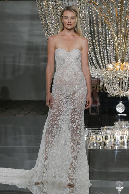 Pronovias Ny Fashion Show Risca