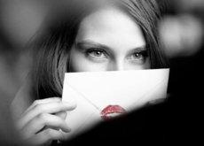 El tema de los besos virtuales cada día más presentes en las redes sociales