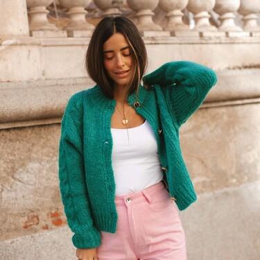 Cárdigans lisos para dar un toque de color a tus looks de entretiempo: cinco modelos que lucir desde ya