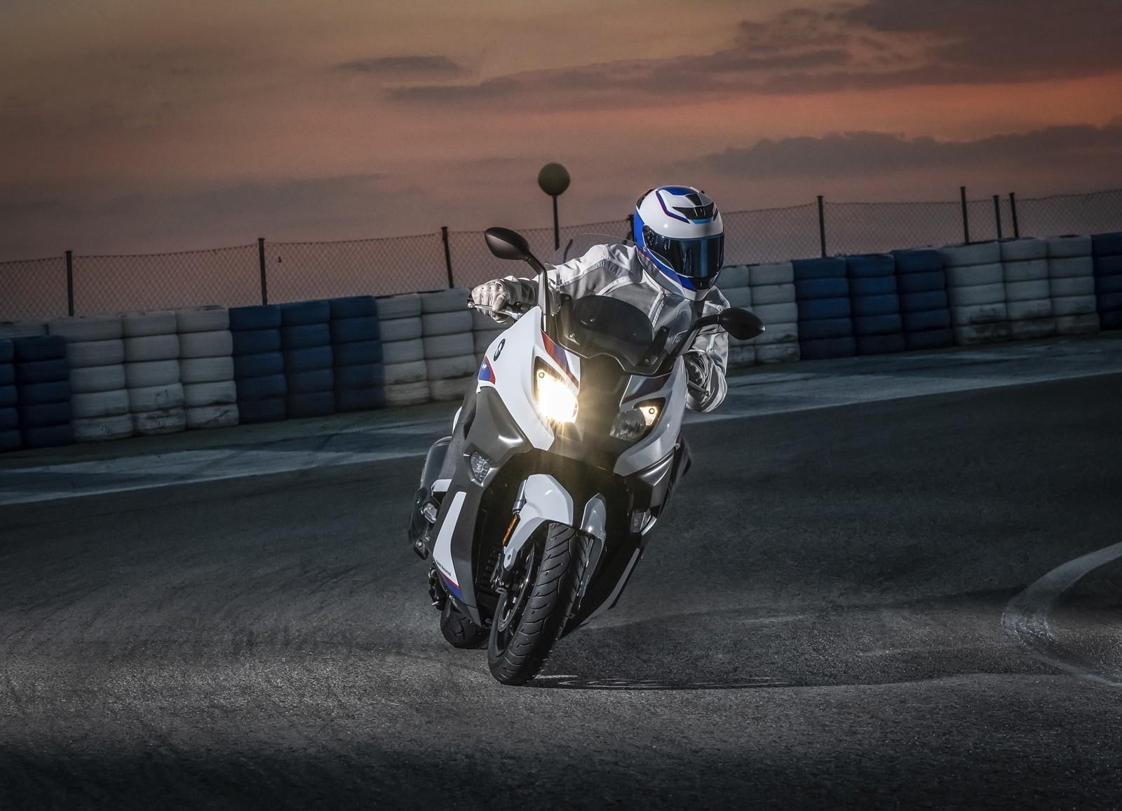 Foto de BMW C 650 Motorsport 2019 (13/14)