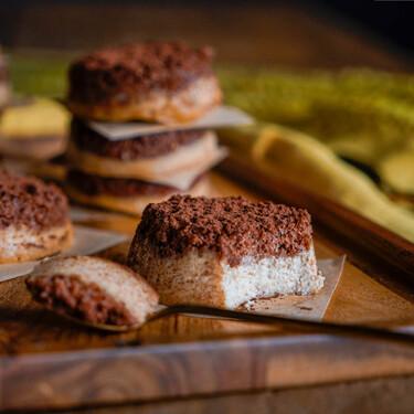 Mini pasteles de queso y Baileys, el postre de bocado más fácil y rápido (con vídeo receta incluida)