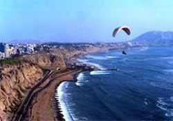 Volar en parapente en Lima