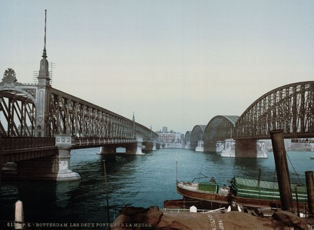 Dos Puentes Sobre El Mosa En Rotterdam