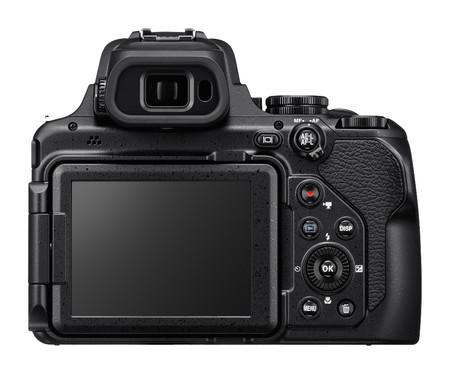 Nikon Coolpix P1000 03