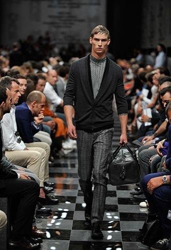 Foto de Prada, Primavera-Verano 2010 en la Semana de la Moda de Milán (10/13)
