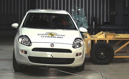 ¡Auch! Cero estrellas para el Fiat Punto en la última prueba de Euro NCAP