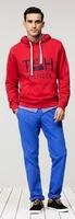 Tommy Hilfiger no escatima en colores para su colección de pre-primavera 2013