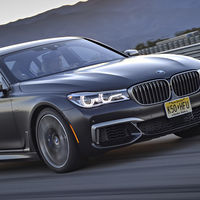 El BMW Serie 7 nos presume lo polifacético que puede ser con estas tres nuevas versiones que se estrenan en México