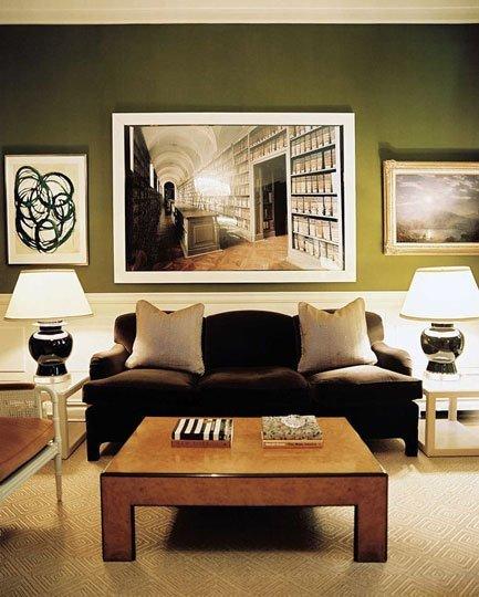 Otro salón pintado de verde oliva